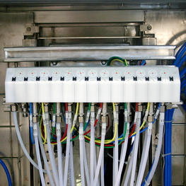 Liquid-Paint-GI003.jpg moduflow Products & Solutions > Products Color changing, Industrial, Pictures